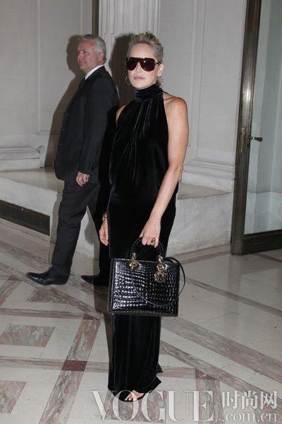 Sharon Stone佩戴Dior 2012秋冬高级定制款太阳镜