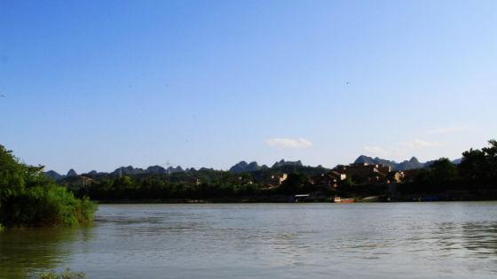 诗意秀丽的河上风光 图片来源:新浪博客