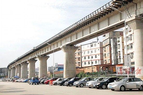市区内最长的铁路高架桥已建好。