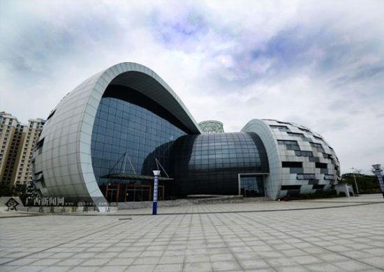 海螺造型的海洋文化博物馆。 广西新闻网记者 胡雁 摄