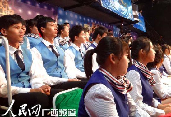歌唱家罗宁娜圆梦《刘三姐》经典歌曲首发仪式现场一角