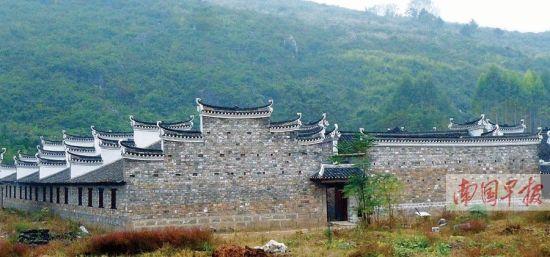 组图:桂林全州老人巨资抢救古民居