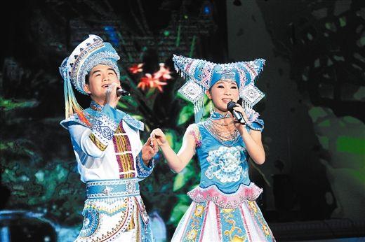 南宁市武鸣县代表队表演《园中芭蕉树》