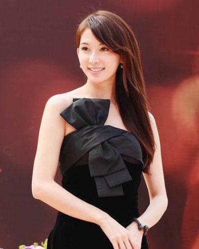 林志玲迷人时尚发型