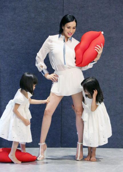 钟丽缇和女儿