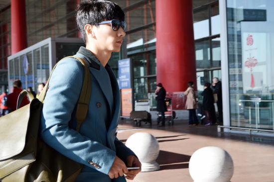 张亮出征米兰男装周首席男模重返时尚王国