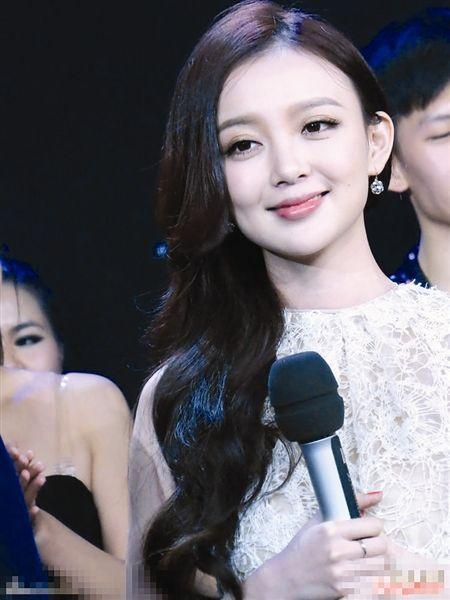 汪小敏在央视《直通春晚》节目中(资料图片)