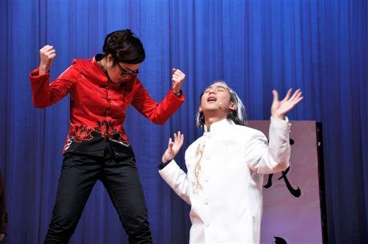 经过多天彩排,演员们的演技已经很棒啦!(图片由广西大学光彩剧社提供)