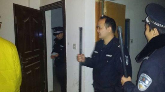 警民在现场。