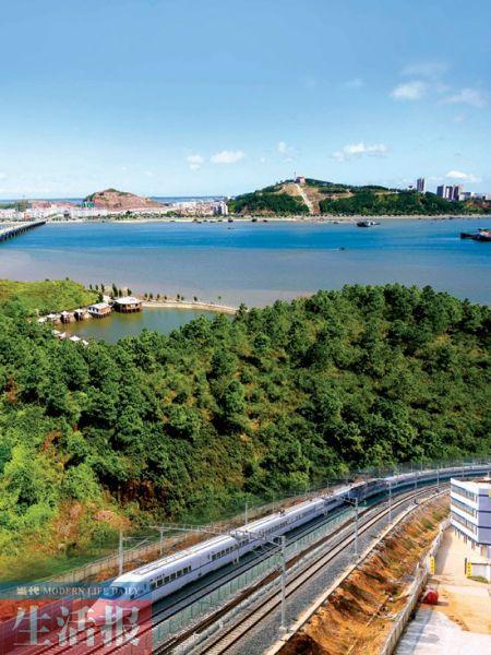 高铁的开通,拉近了南宁与周边的地市的距离。(资料图片)