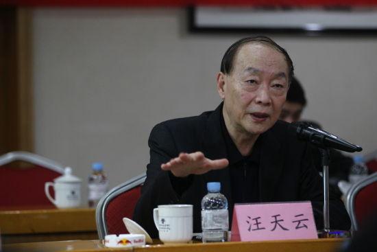 上海电影集团公司副总裁、上海电影节常任副秘书长汪天云。广西日报记者 李军 摄