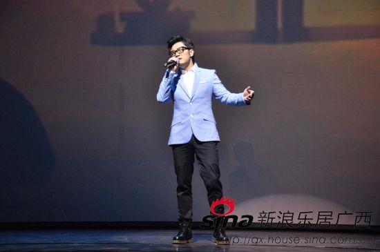 王铮亮现场演唱《时间去哪儿》