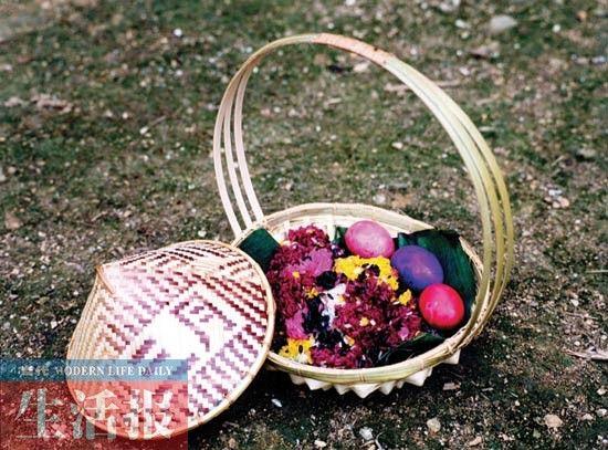 """""""三月三""""有做五色糯米饭、染红蛋习俗。 (李桐 供图)"""