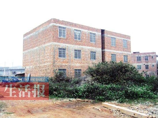 良庆区铁路沿线房屋改造前。
