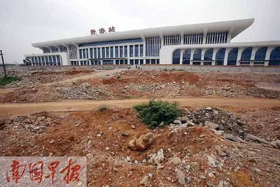 站前广场计划7月开工建设。记者 苏华 摄