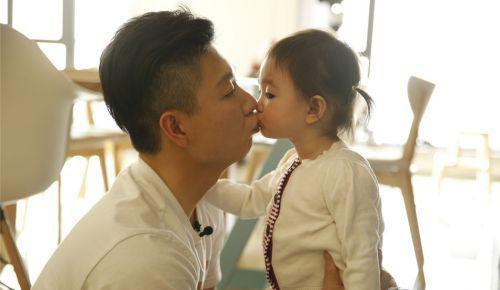 李小鹏与女儿奥莉