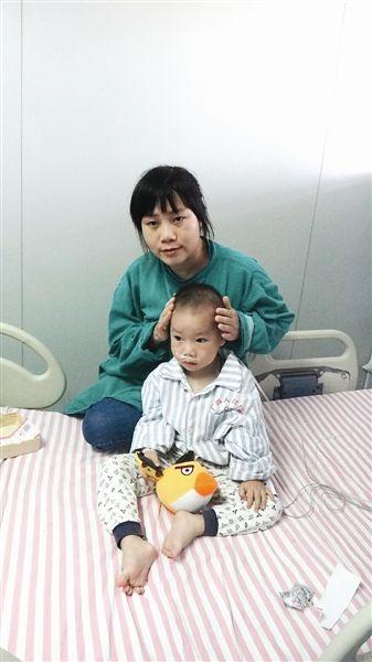 小宏润和他妈妈