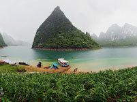 风雨大龙湖