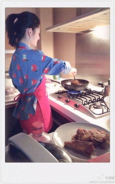谢娜秀厨艺