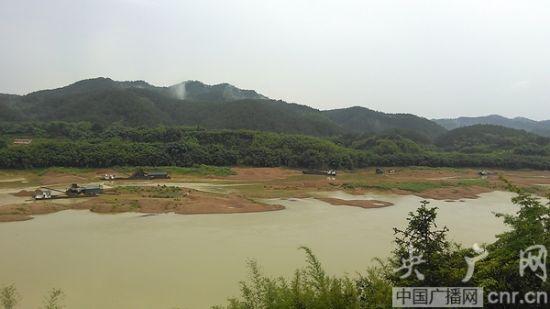 桂江采砂江面