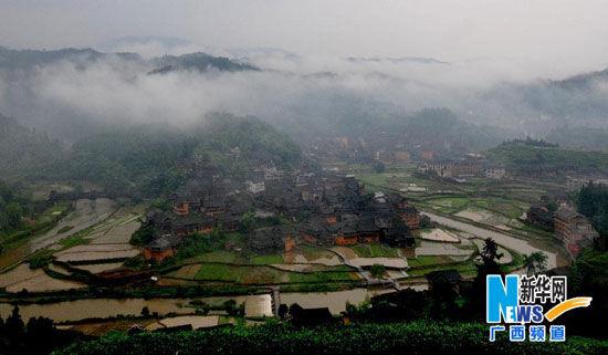 广西三江侗族自治县程阳八寨全景-诗意程阳八寨 山不高而秀雅,水不