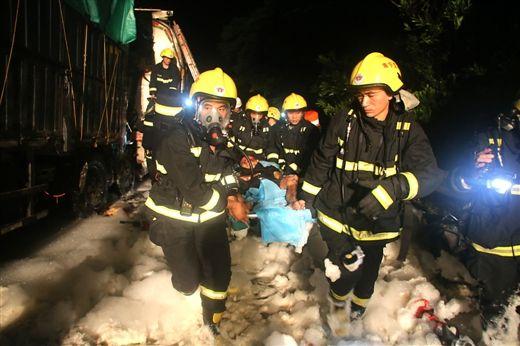 被困人员被成功救出。图片来源:当代生活报