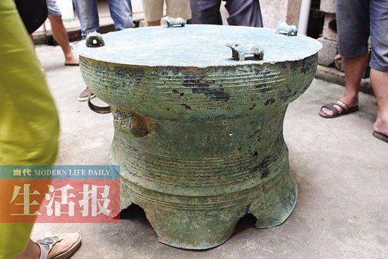 这就是武鸣几位农民挖出的千年青铜鼓
