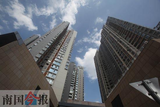 城市高楼越来越多,其安全问题也愈发突出。记者卿要林 摄