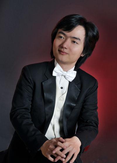 知名钢琴演奏家沈文裕
