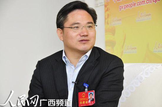 广西东兴市长周刚(资料图)