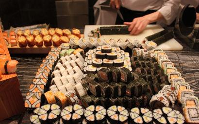 四海一家:自助餐任你吃遍各种海鲜