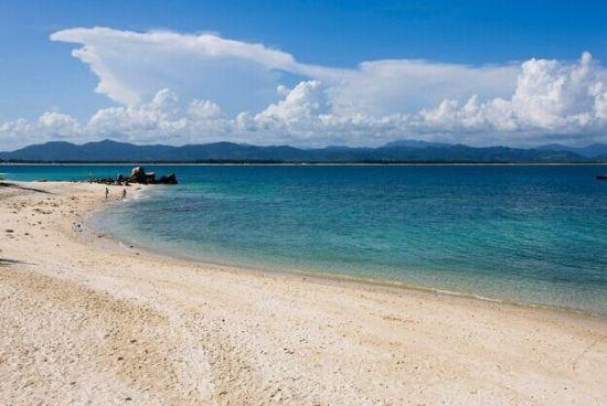 海南岛的沙滩 图源:新浪图库