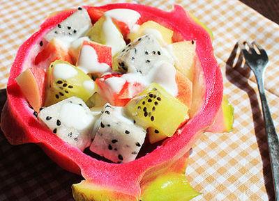 酸奶蔬果沙拉 (图片来源于网络)