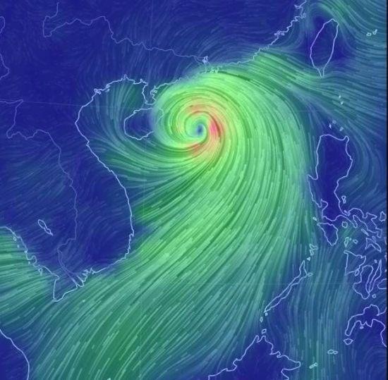 18日早晨台风威马逊特写图