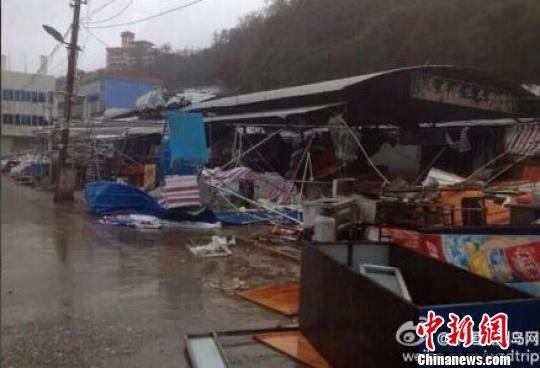 """涠洲岛遭受""""威马逊""""重创。图片来源:中国新闻网"""
