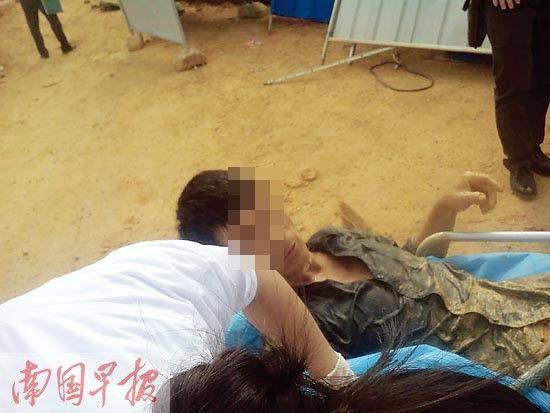 南宁良庆区玉洞大道附近工地坍塌工人被埋