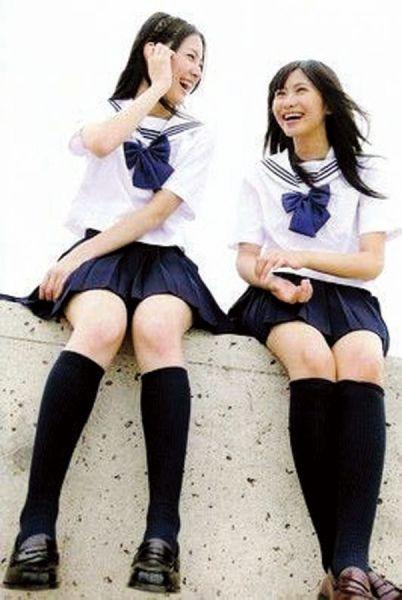 日本校服。(图片来源:新浪教育)