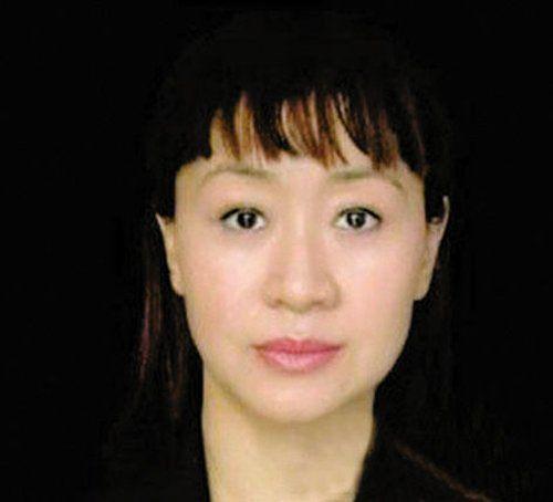 公共情妇李薇 资料图