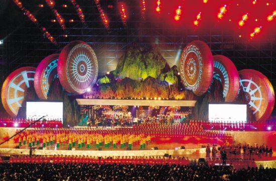 2003民歌节晚会现场(大型乐队伴奏)