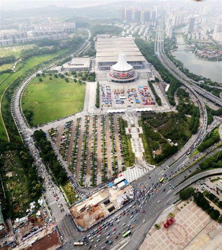 记者航拍的南宁国际会展中心。何学俏 摄