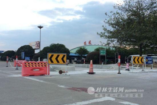 桂林两江国际机场目前正在对停车场进行改造