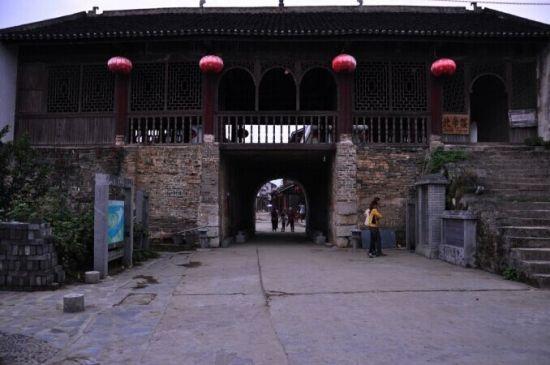 柳州丹洲古镇 图源:爱斯基摩人(新浪博主)