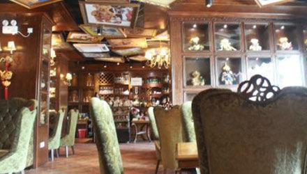 以泰迪熊为主题的咖啡馆