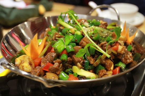 干锅羊肉煲