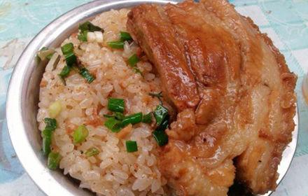 扣肉糯米饭