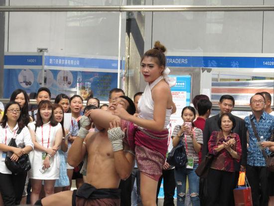 文化展开幕仪式上的泰拳表演