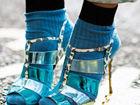 高跟鞋与针织袜搭配是时尚还是令你难接受