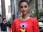 张歆艺纽约素颜试装模特身材备受设计师青睐