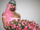 俄罗斯男模疯狂模仿麻辣鸡遭网友吐槽粉红金刚