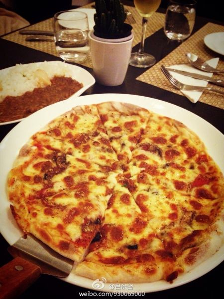 薄底披萨香脆十足